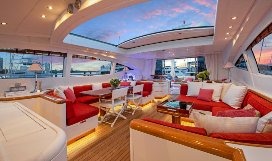 Vanish Superyacht Lounge area