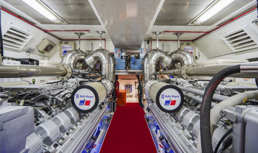 Vanish Superyacht powerful engines